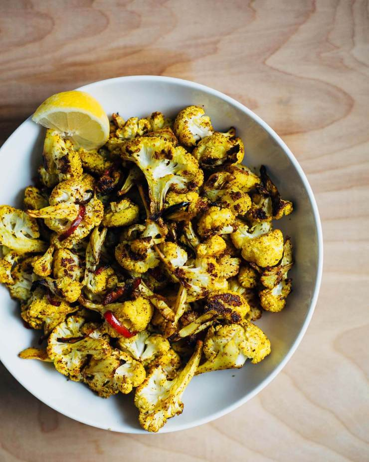 roasted cauliflower with cumin and turmeric // brooklyn supper