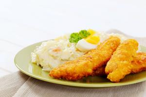 chicken strips with potato salad