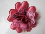 Bros Kain Cantik Bunga Amora-Marun