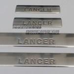 "MITSUBISHI Lancer ""07-Накладки на пороги, нерж., 4 частиOmsa"