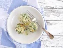 Spinatknödel mit Parmesan und Berkäse