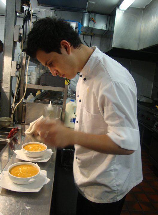 Experienced Kitchen staff vacancy