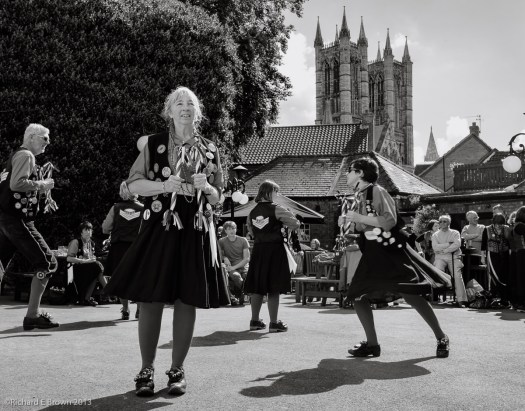Lincoln Folk Weekend - Dancing before the Cathedral