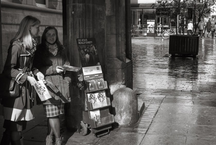 Stonebow Pamphlets - Leica M8 Summicron 35mm