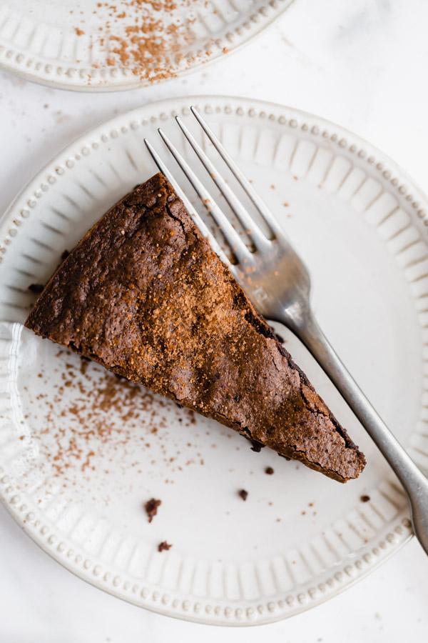 flourless-chocolate-almond-cake-gluten-free