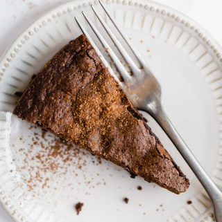 flourless-chocolate-almond-cake-gluten-free