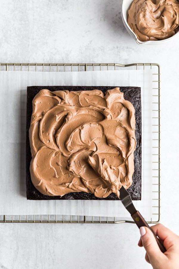 extra-dark-chocolate-snack-cake