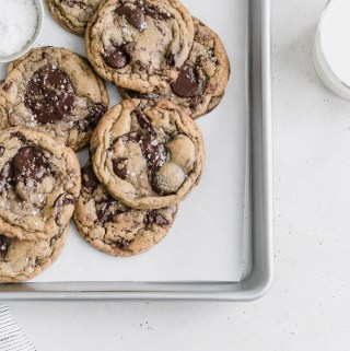 brown-butter-chocolate-chunk-toffee-cookies