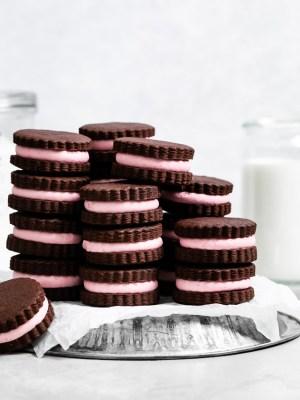 dark-chocolate-raspberry-cookie-sandwiches