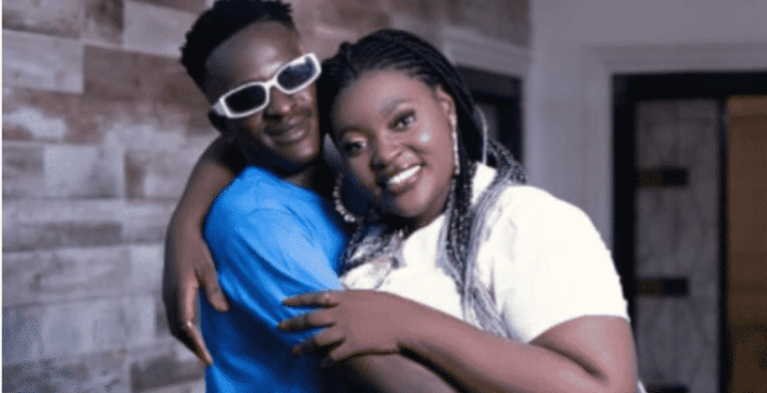 'I love you more than my mother'-Ali says as he goes on his knees to propose to Shemima (Video)