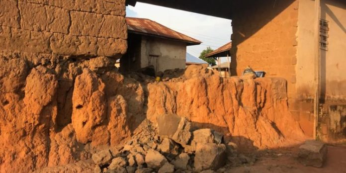 Collapsed mud house kills mother and baby in Wenchi
