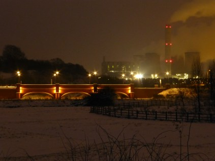 A view I'd not noticed before, from the Rugeley bypass: The new Trent Bridge at Colton with the power station behind.