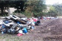 Dumped in Back Lane - image from Walsall Environmental Health.