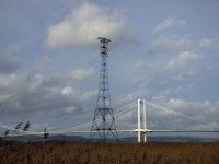 Also crossing the Severn at this point, high tension electricity cables. One pylon stands on it's own pier.