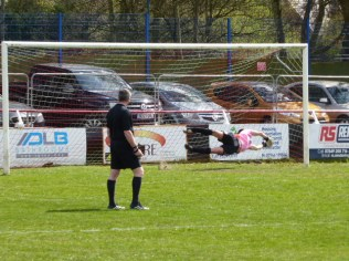 Highgate score the goal from the penalty spot that won the match today.