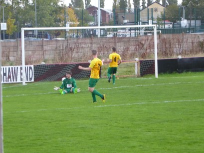 Bolehill's perplexed goalkeeper as the second goal is scored by the Wood. Ouch