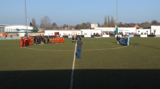 A minute's respectful applause in tribute to the great Gordon Banks