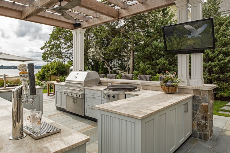 covered outdoor kitchen ideas things to consider
