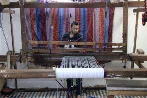 Making a Berber rug