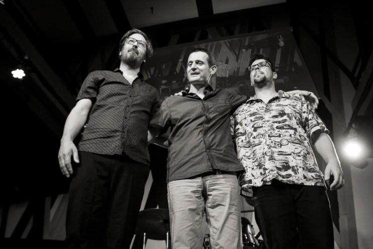 Palotai Csaba (gitár) ★ Sárvári Kovács Zsolt (dob) ★ Hock Ernő (basszusgitár)