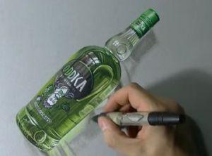 ウォッカのビンをリアルに描く過程を微速度撮影