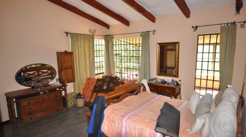 House With 7.5 Acres Border Arusha Nationak Park for Sale15