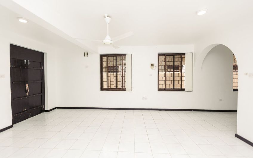 House For Sale at Msasani Near Fish Market Dar Es Salaam24