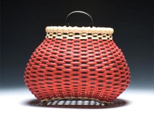 Small-Checkerboard-Shaker-Cats-Head-Wall-Basket-510x384