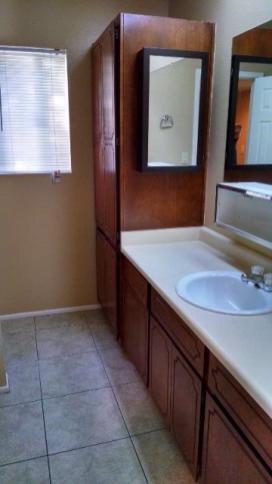 1439_1_Bathroom