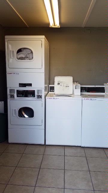 2525-3_Laundry