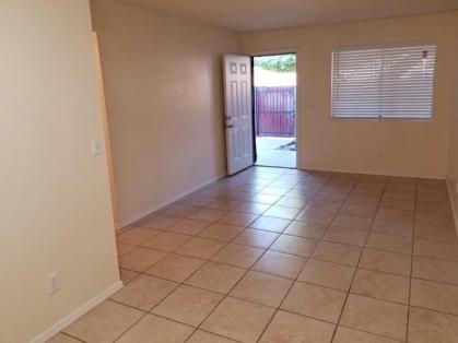 2753-102_Living-Room_2-Medium