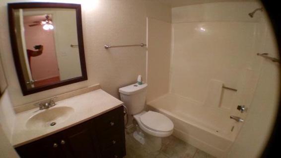 2921_101_Bathroom_2