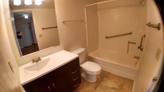 3042-102_Bathroom_1