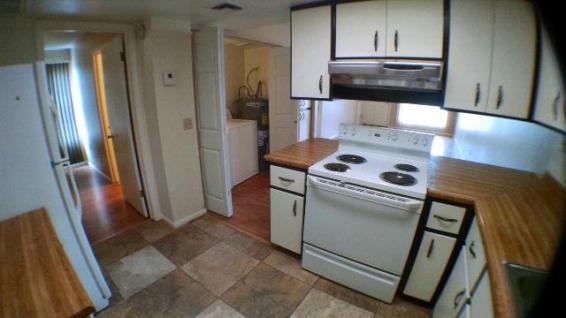 3042-102_Kitchen_3