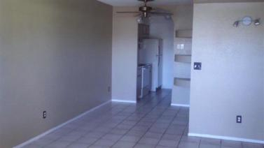 5965_101_Living-Room