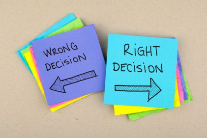 decision right wrong post it