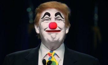 trump clown smail smug