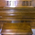 Yamaha console M306 upright used for sale cherry finish fallboard closed case view