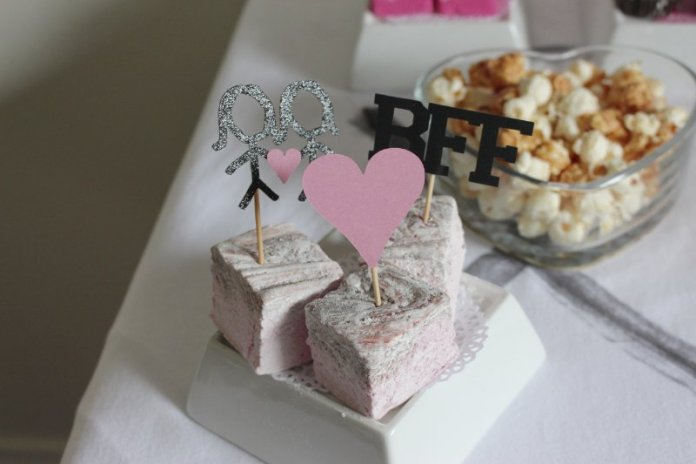 Cheers To Good Friends! A Valentine's Day Party Tutorial! 44