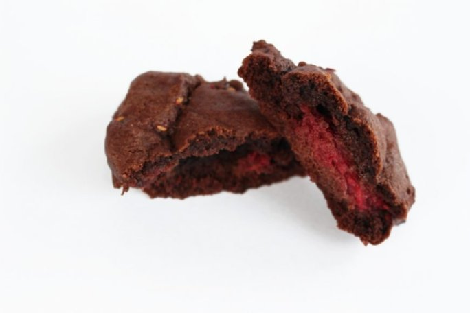 Delicious Double Chocolate Chip Raspberry Cookies {Recipe} 6