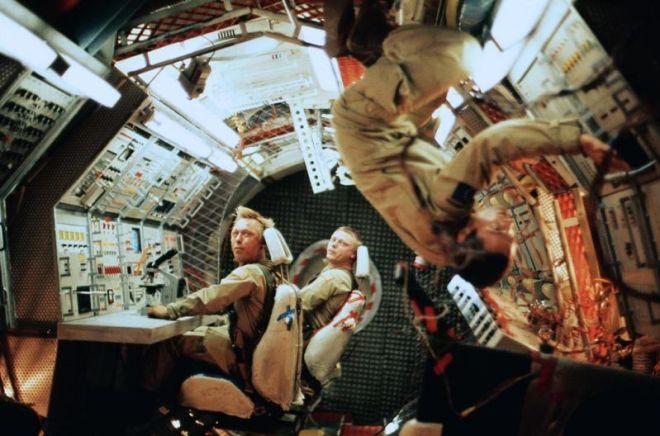 Operación Ganímedes: ciencia ficción+survival. ¿Cómo me dejaron ver esto?
