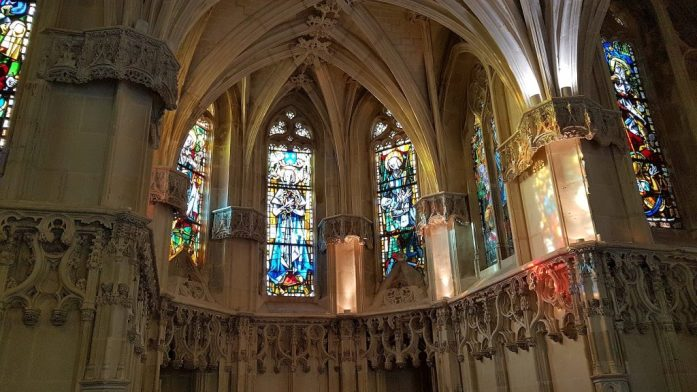 Glasfenster Amboise