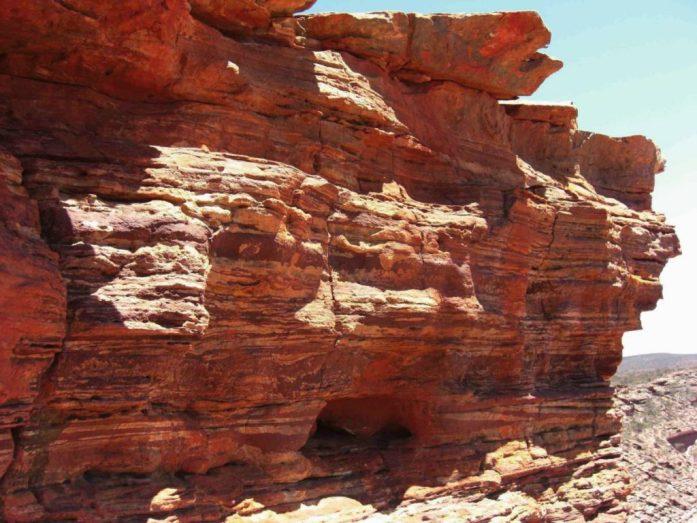 Steinschichten in Outback