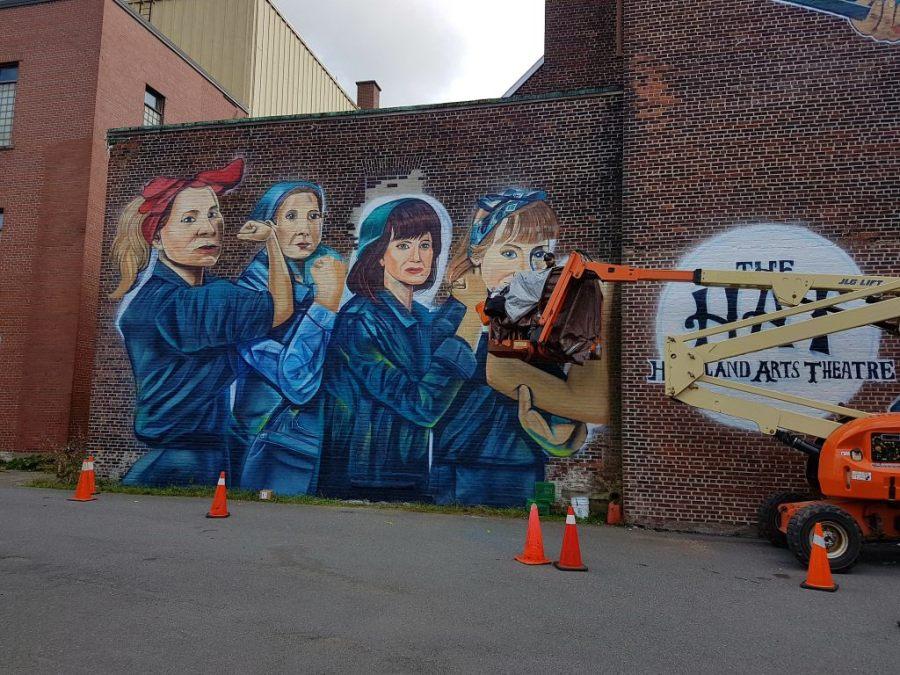 Graffiti an einer Hauswand in Sydney, Nova Scotia