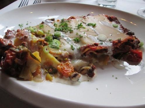 Lasagne with minced tofu, pumpkin, leeks 'cheese'sauce
