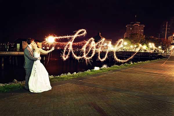 Love geschreven met light writing