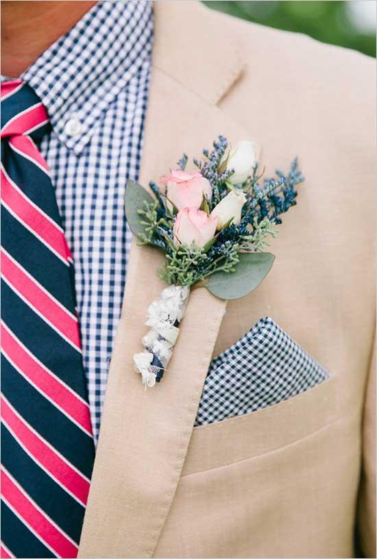 Overhemd en stropdas met printje