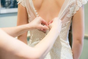 Bruidsjurk passen is niet mogelijk bij online bestellen