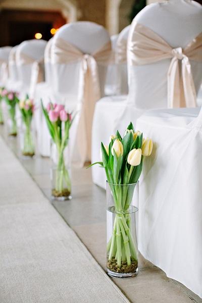Tulpen bij trouwceremonie