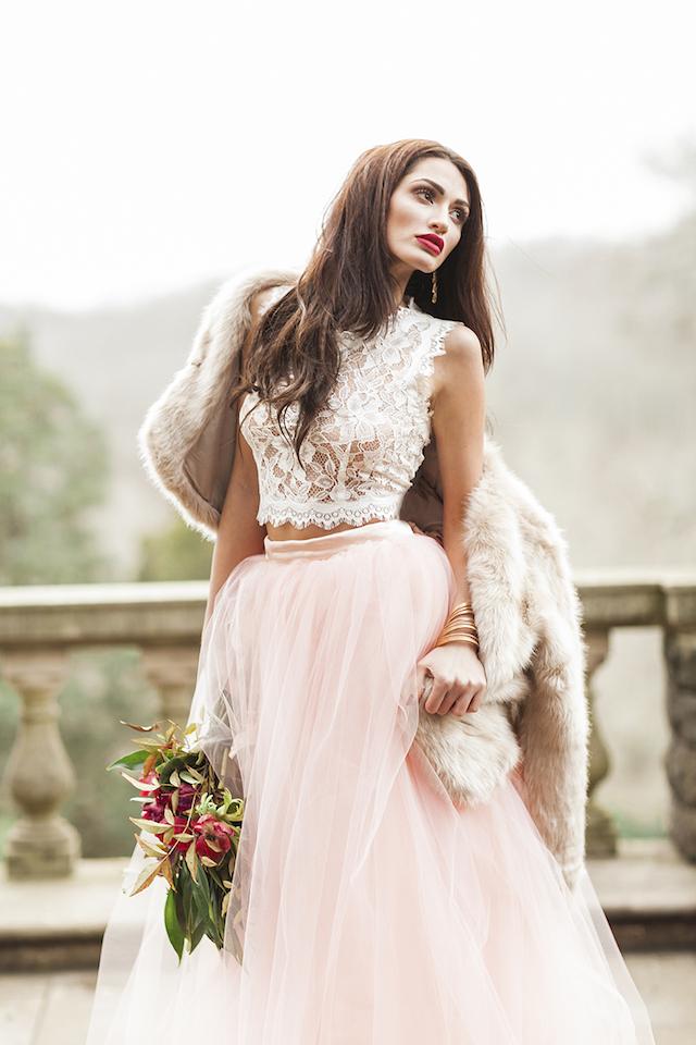 Bruid met roze rok